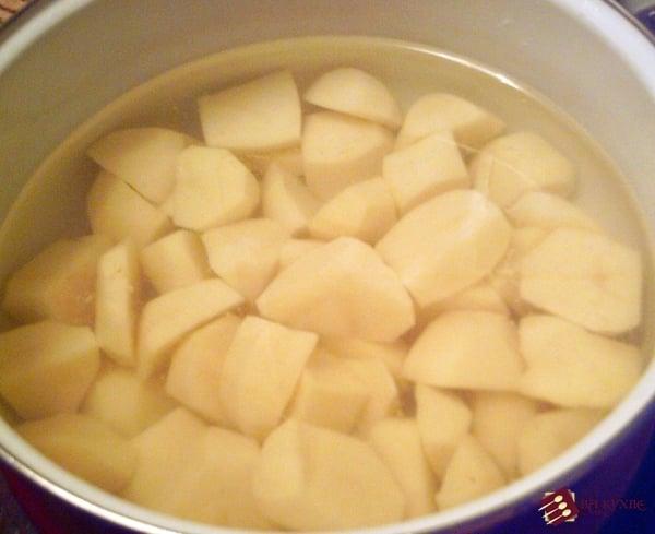 Ароматное картофельное пюре с сыром - приготовление, шаг 2