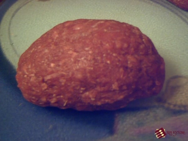 Мясные рулетики с варёным яйцом - приготовление, шаг 6