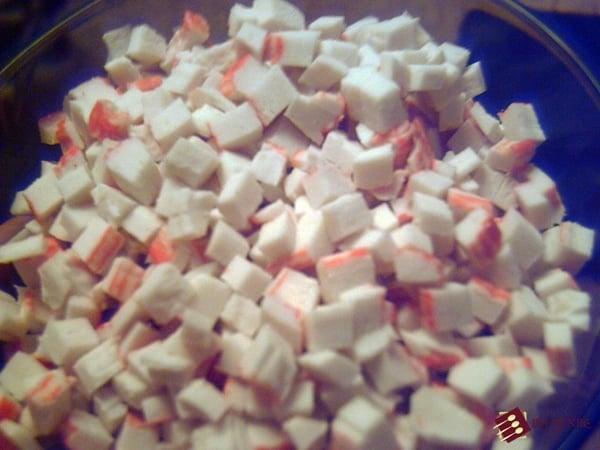 Овощной крабовый салат
