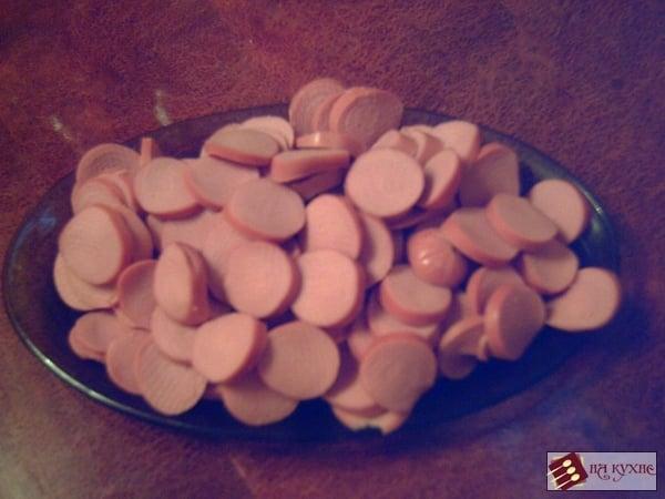 Солянка с сосисками и кукурузой (тушеная капуста) - приготовление, шаг 3