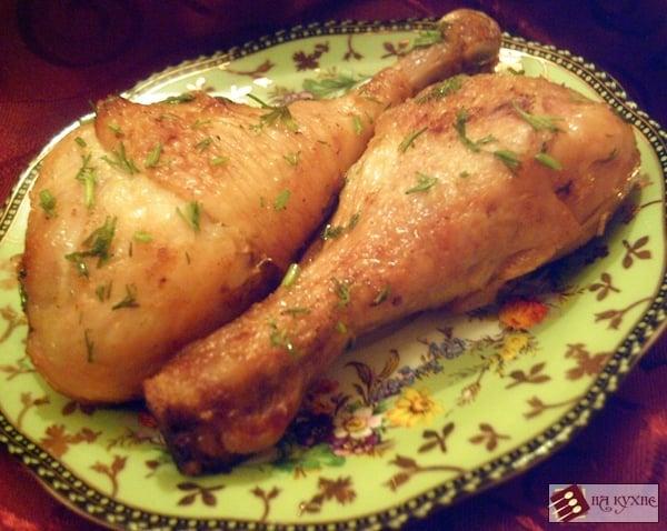 голень куриная на сковороде с майонезом
