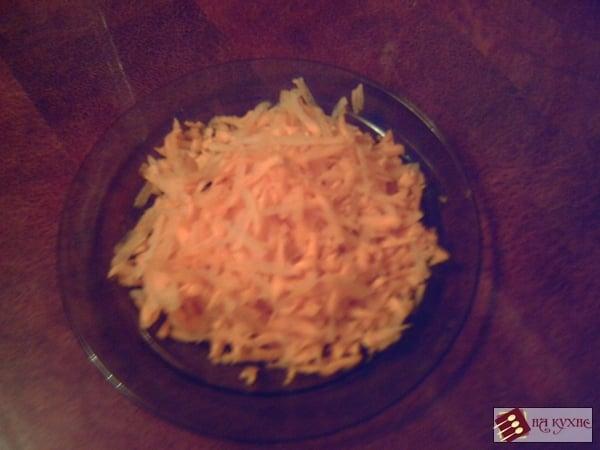 Солянка с сосисками и кукурузой (тушеная капуста) - приготовление, шаг 6