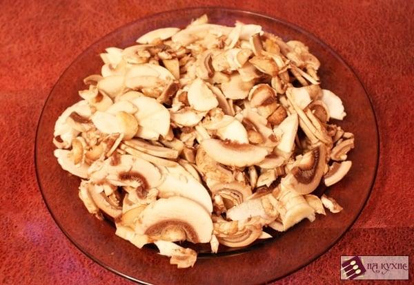 Мясные биточки в сливочно-грибном соусе - приготовление, шаг 6