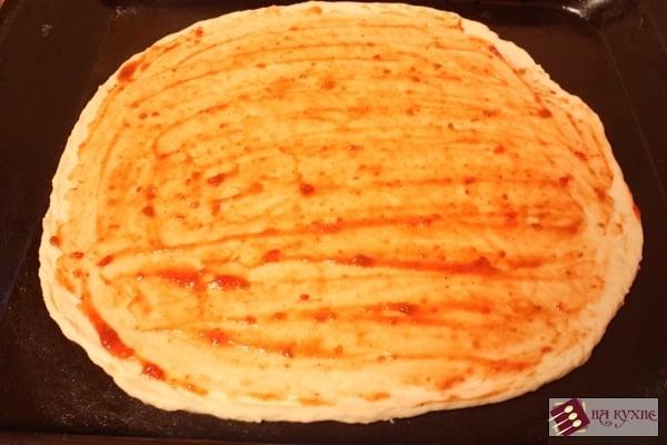 Пицца с грибами - приготовление, шаг 9