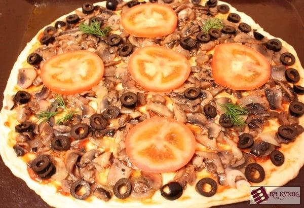 Пицца с грибами - приготовление, шаг 15