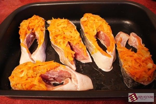 рецепт красная рыба в духовке под майонезом и
