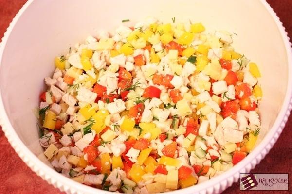 Салат с курицей и болгарским перцем - приготовление, шаг 7