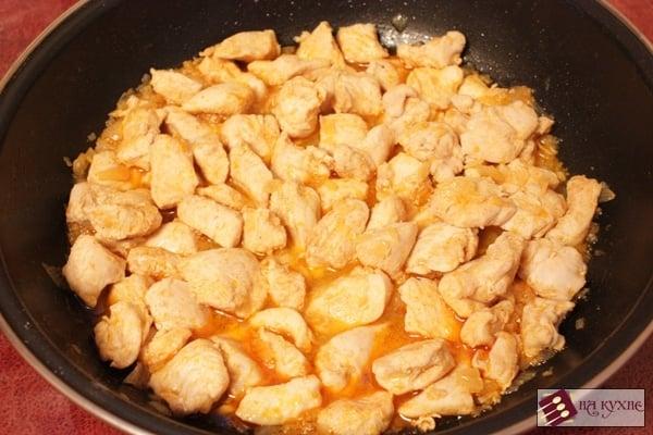 Острый куриный паприкаш - приготовление, шаг 7