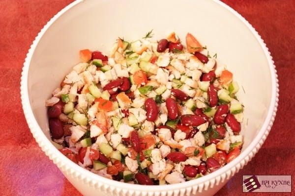 Салат с курицей и красной фасолью - приготовление, шаг 8