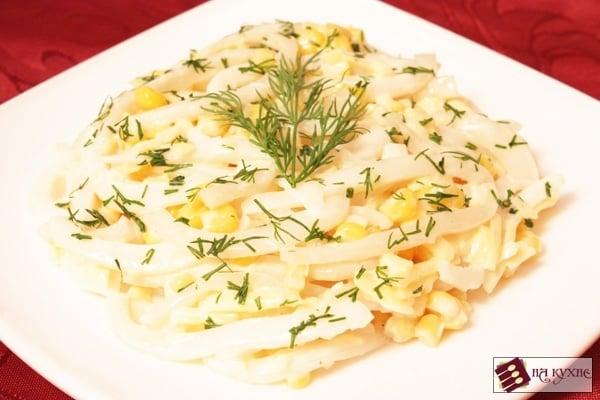 Салат с кальмарами и кукурузой - приготовление, шаг 9