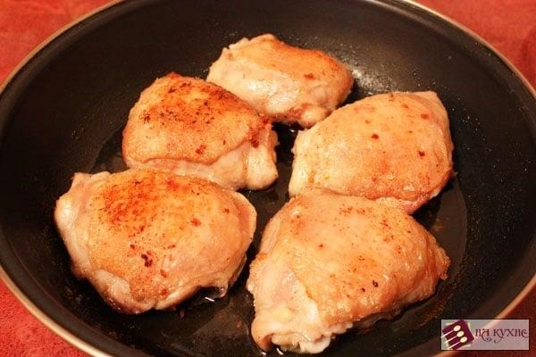 Острая курица, тушеная с помидорами - приготовление, шаг 4