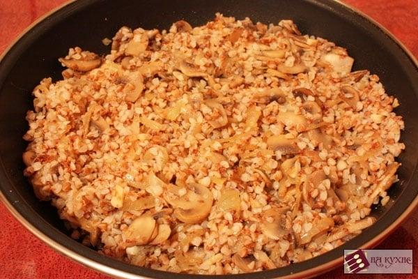 Гречка с грибами - приготовление, шаг 7