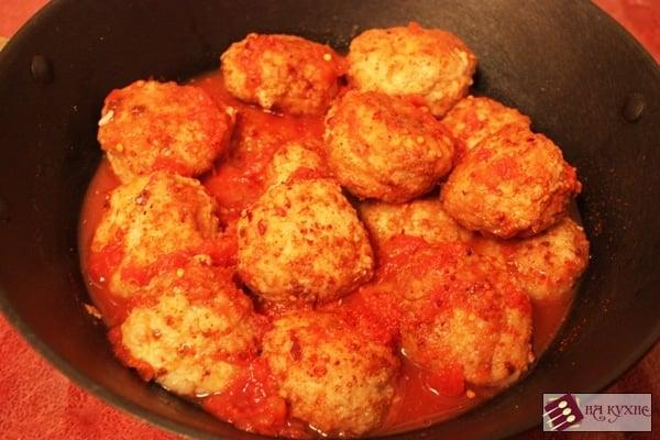 Фрикадельки в томатном соусе - приготовление, шаг 6