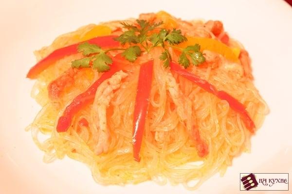 Рисовая лапша со свининой и овощами - приготовление, шаг 7