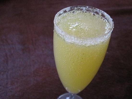 Коктейль с шампанским - «Лимончелло» - приготовление, шаг 5