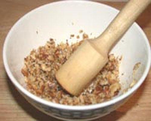 Гороховый суп с орехами - приготовление, шаг 3