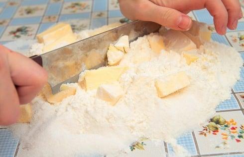 Ягодный песочный пирог - приготовление, шаг 1