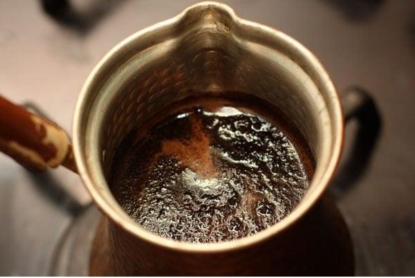 Карамельный кофе в турке - приготовление, шаг 3