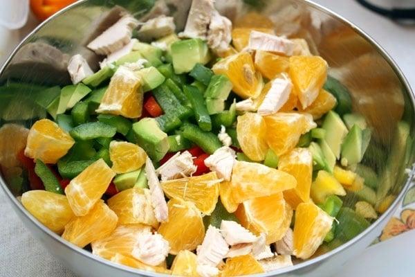 Куриный салат с авокадо и перцем - приготовление, шаг 1