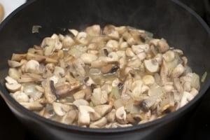 Крем-суп из шампиньонов - приготовление, шаг 1