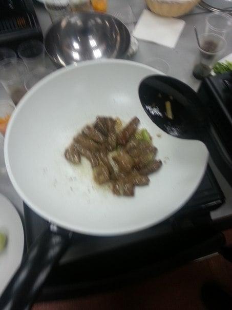 Говядина с манго и капустой бак чой в устричном соусе - приготовление, шаг 7
