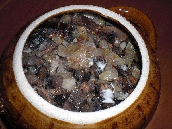 Фрикадельки с картофелем и грибами, запеченные под сыром - приготовление, шаг 3