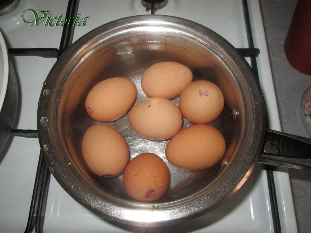 Мясной пирог с яйцами и овощами - приготовление, шаг 2