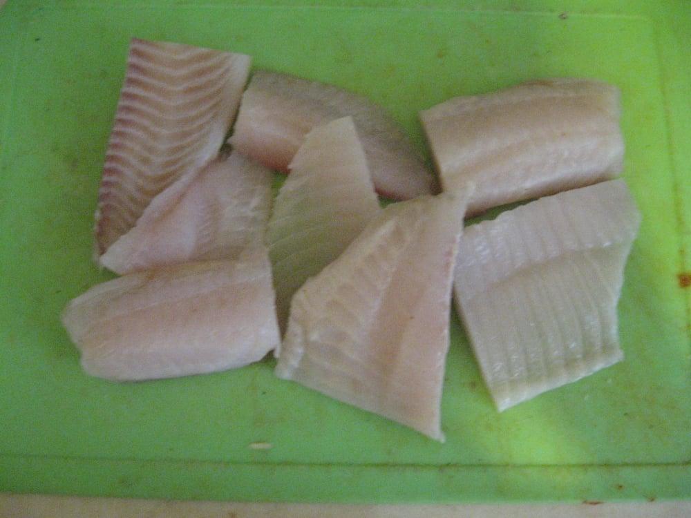 Филе тилапии в картофельной шубе - приготовление, шаг 2