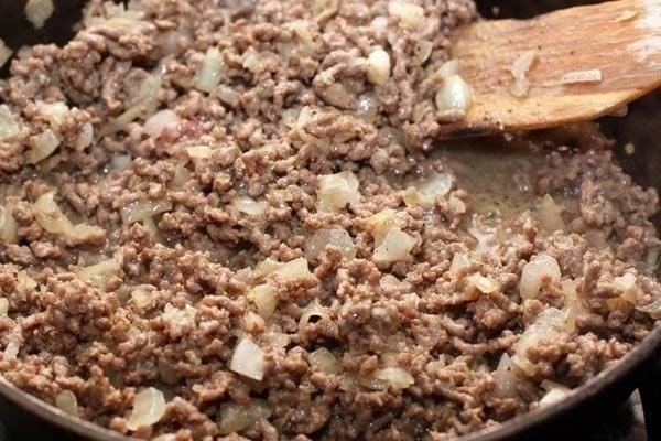 Запеканка картофельная с фаршем - приготовление, шаг 2