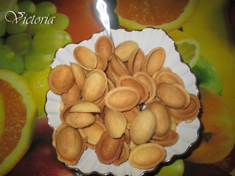 Сладкие орешки под миндаль - приготовление, шаг 15