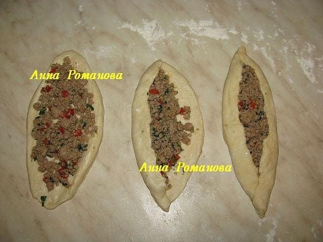 Терецкая лепешка Пиде с мясом - приготовление, шаг 2
