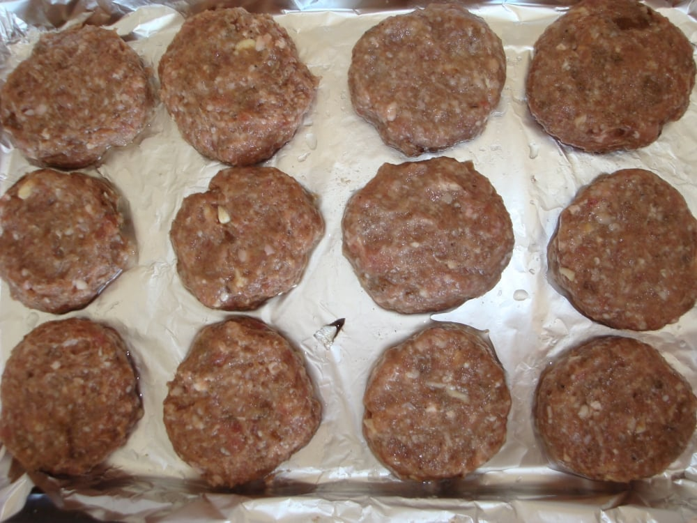 Котлетки из духовки - приготовление, шаг 3