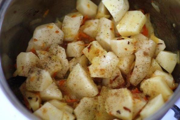 Картофель в сметане - приготовление, шаг 3