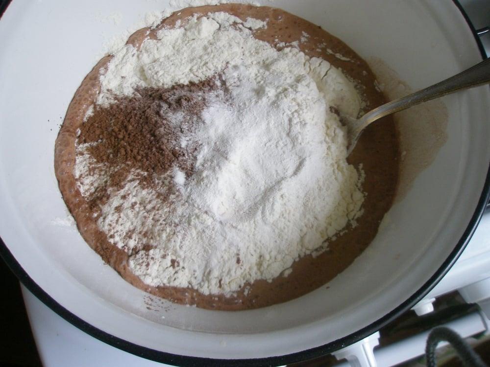 Шоколадные маффины с творогом - приготовление, шаг 3