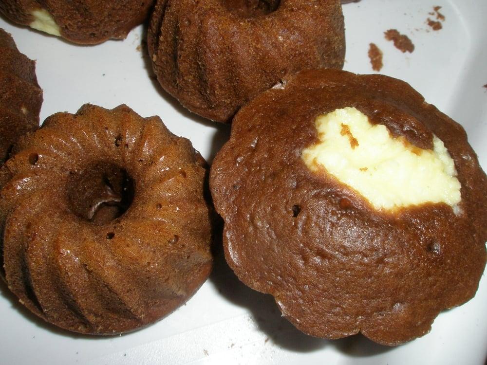 Шоколадные маффины с творогом - приготовление, шаг 7