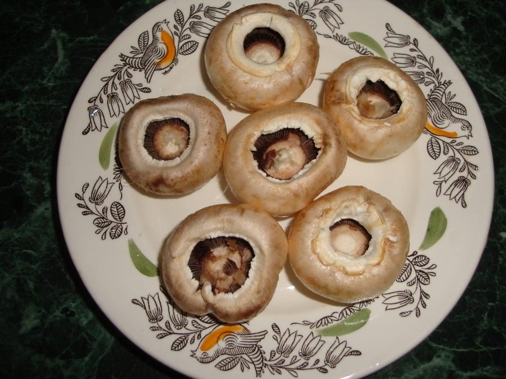 Закусочные грибочки - приготовление, шаг 1