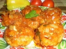 Куриные тефтели с творогом в соусе - приготовление, шаг 1