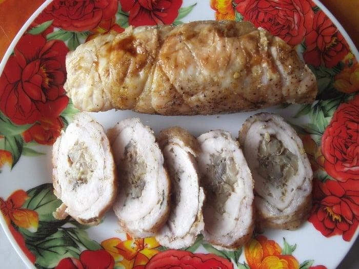 Куриные рулетики с грибами и сыром - приготовление, шаг 9