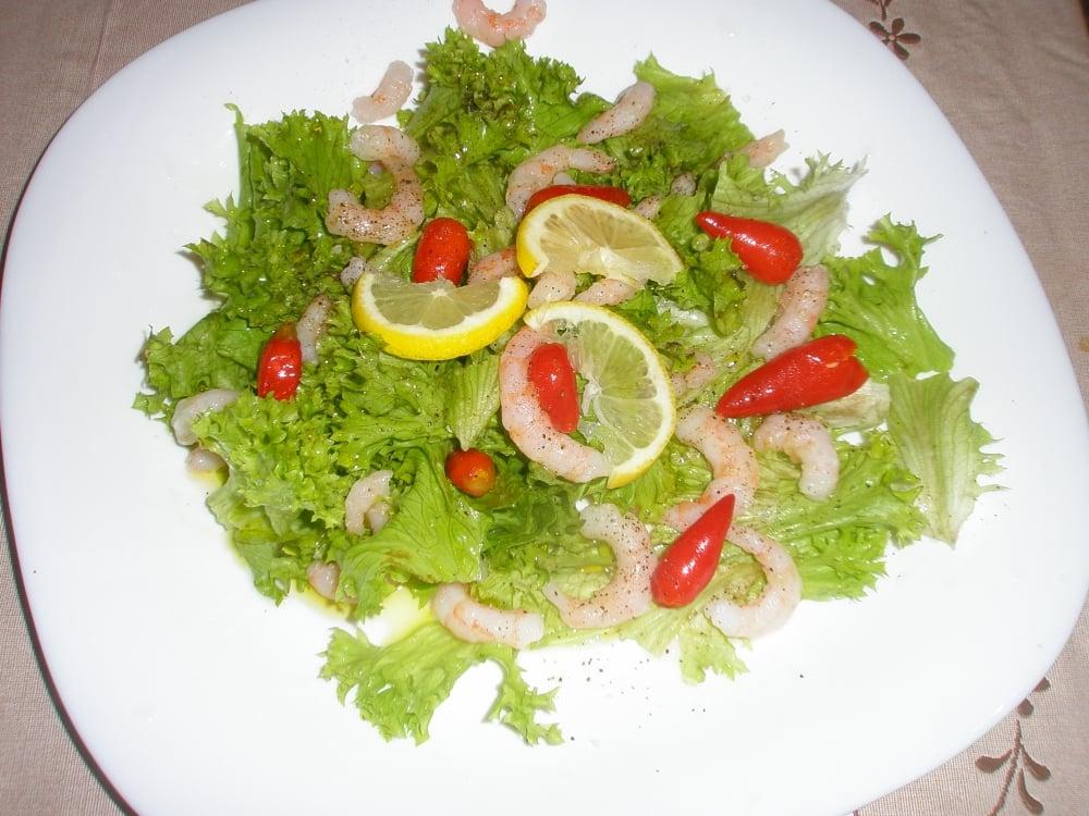 Салат с креветками с помидорной заправкой - приготовление, шаг 1