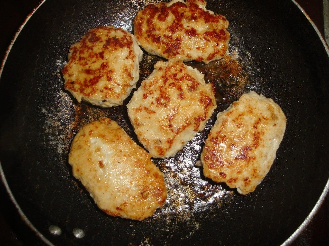 Котлетки с сыром - приготовление, шаг 4