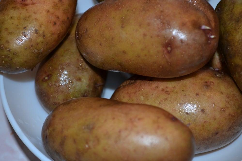Картошка с копченой подчеревкой - приготовление, шаг 2