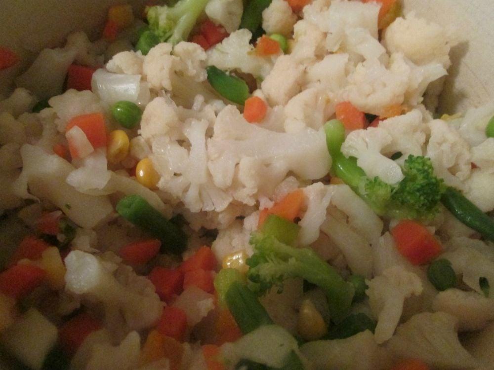Открытый пирог с фаршем и овощами - приготовление, шаг 2