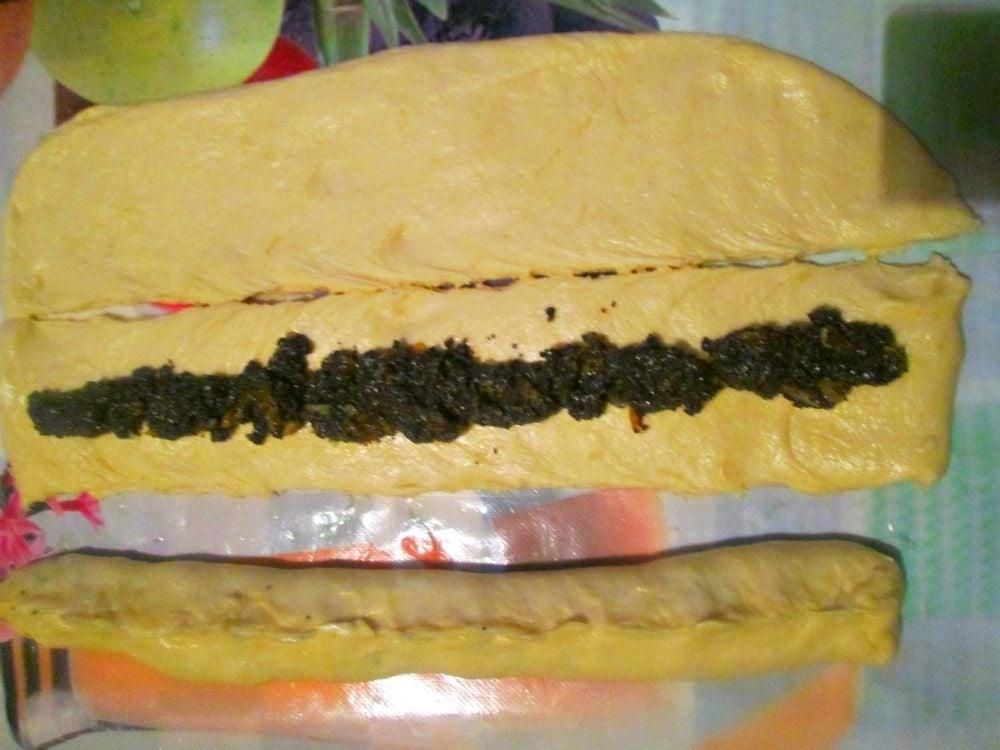 Сдобный пирог с маком и сливами - приготовление, шаг 3