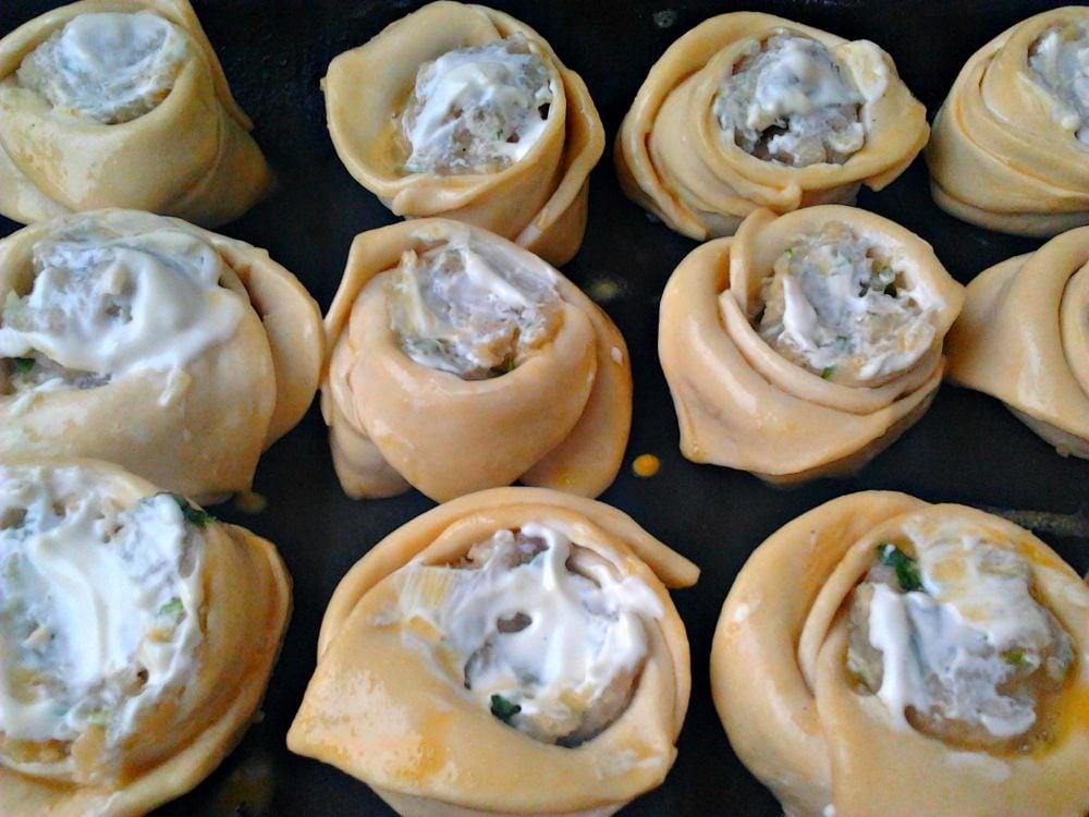 Закусочные пирожки с курицей и сыром - приготовление, шаг 4
