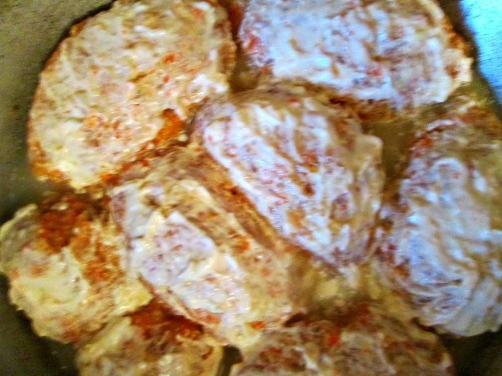 Куриные котлеты под чесночным соусом - приготовление, шаг 2