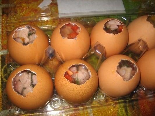 Заливные яйца - приготовление, шаг 3