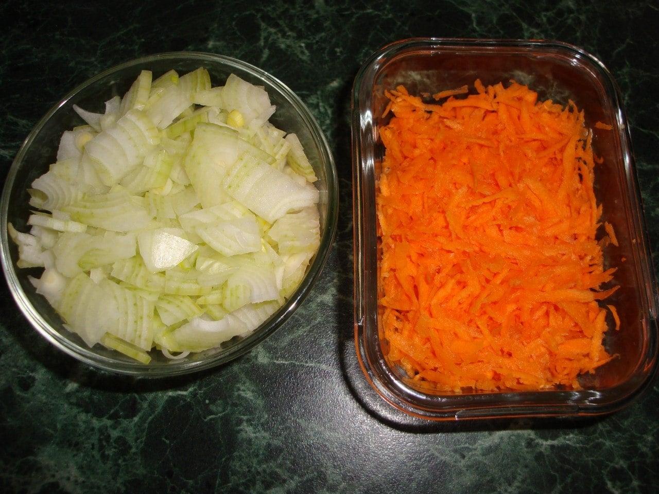 Гуляш из свинины с брокколи - приготовление, шаг 2