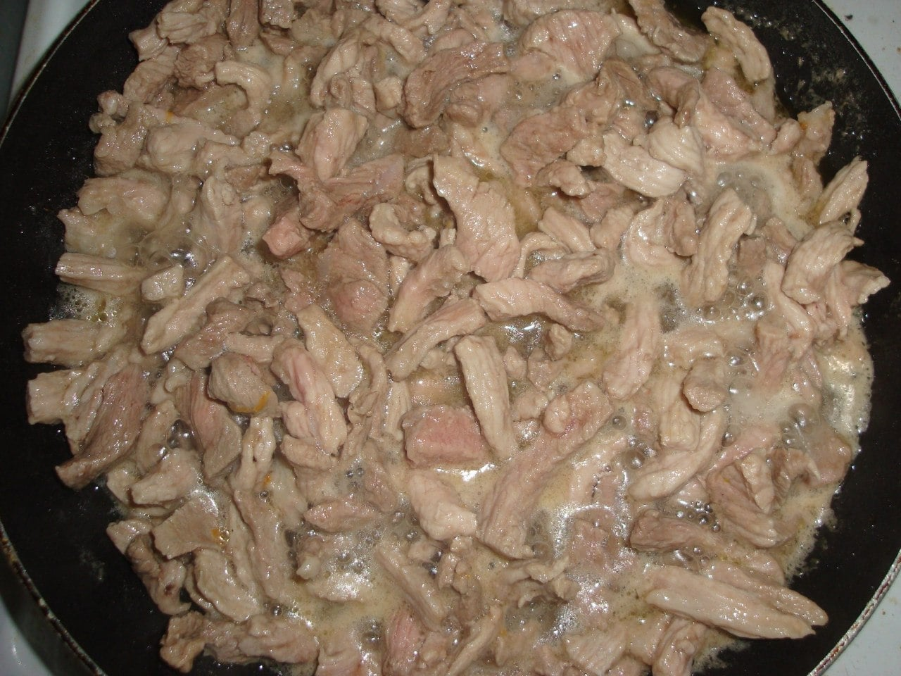 Гуляш из свинины с брокколи - приготовление, шаг 6