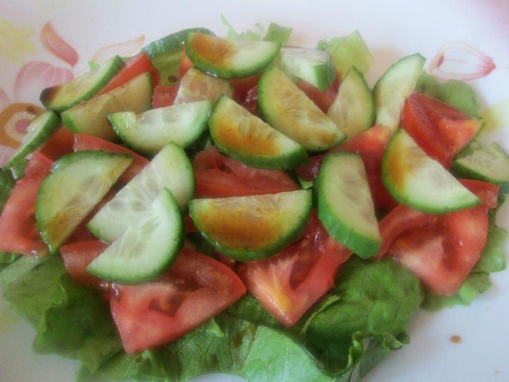 Салат с кальмарами и ананасами - приготовление, шаг 1