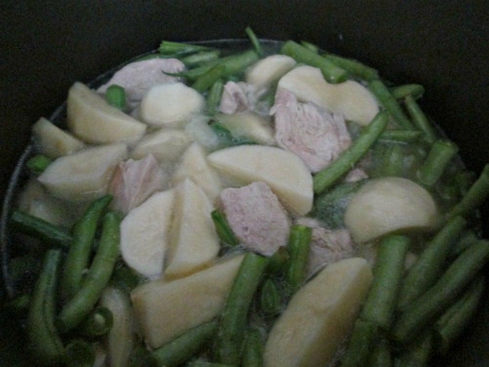 Картофель с курицей и фасолью - приготовление, шаг 3